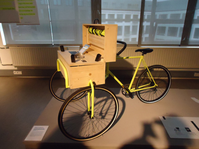 The bo fice Desk Bicycle